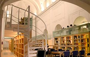 <p>El M&aacute;ster habilitante de Arquitectura continuaci&oacute;n del Grado en Fundamentos de Arquitectura y Urbanismo, ha sido acreditado por la ANECA. Abierta la matr&iacute;cula para el curso 2015/16.</p>